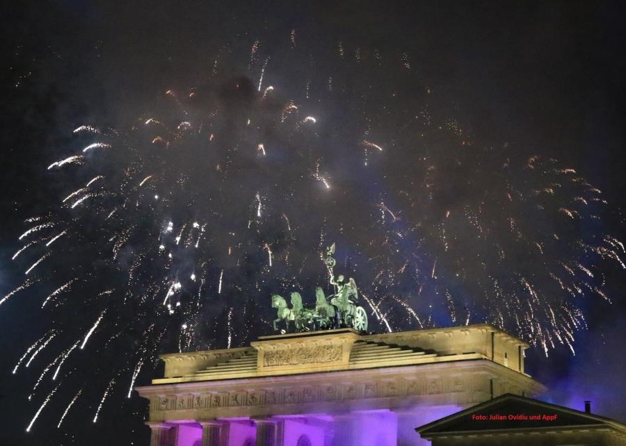 Agenturppf Größte Silvesterparty Der Welt Am Brandenburger Tor In